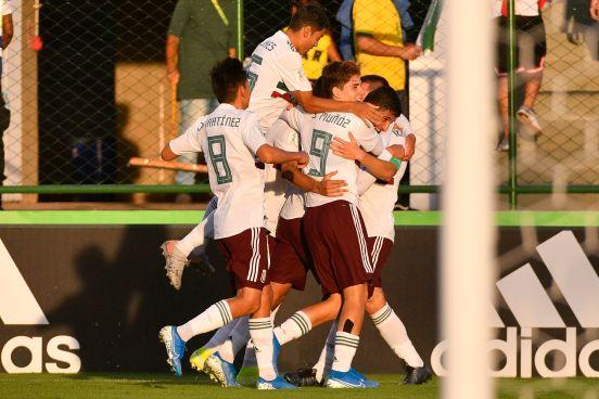 México vence a Japón con marcador de 2-0 con goles de Santiago Muñoz y de Eugenio Pizzuto.