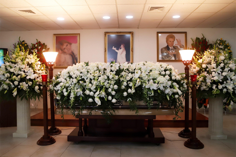 Funeral de Walter Mercado.
