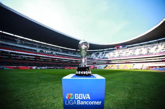 Este trofeo se entrega al campeón de la Liga MX.