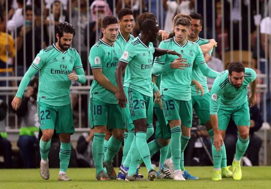 Real Madrid venció al Valencia por marcador de 3-1.