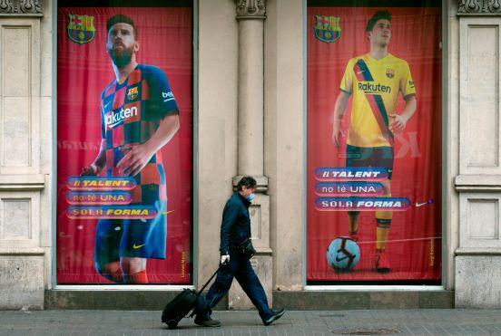 No veremos al FC Barcelona ni al Real Madrid hasta nuevo aviso debido al COVID-19.