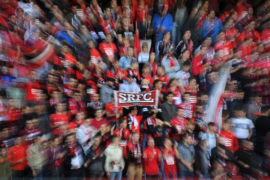 Aficionados del Stade de Reims.Aficionados del Stade de Reims.