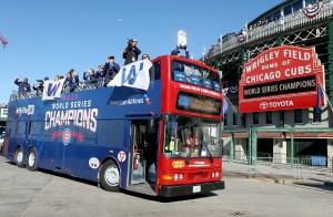 El desfile de los Cubs empezó en Wrigley Field, recorrió Chicago y culminó en Grant Park.