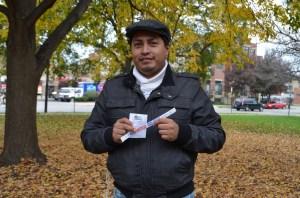 Muchos jóvenes se movilizaron para votar e impulsar el sufragio en Chicago.